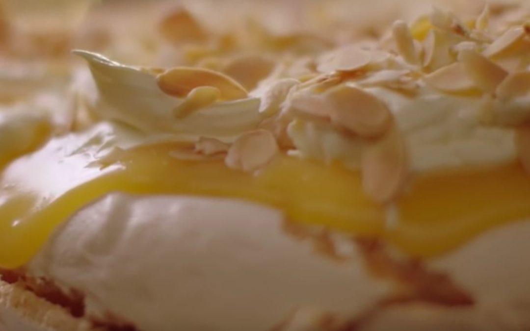 Pavlova cu lamaie – Reteta video de Nigella Lawson